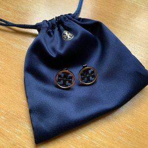 Tory Burch logo stud earrings 🤩 black & gold